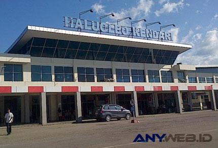 bandara haluoleo - regional.kompas.com