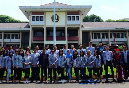 Indonesia Banking School - www.ibs.ac.id