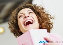 Asal Mula Penggunaan Istilah 'Wkwkwk' Untuk Tertawa